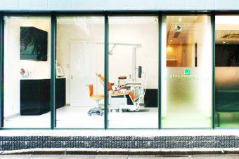 外からの個室型診療室